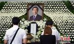 文在寅送花圈吊唁已故首尔市长曾为司法研修院同窗